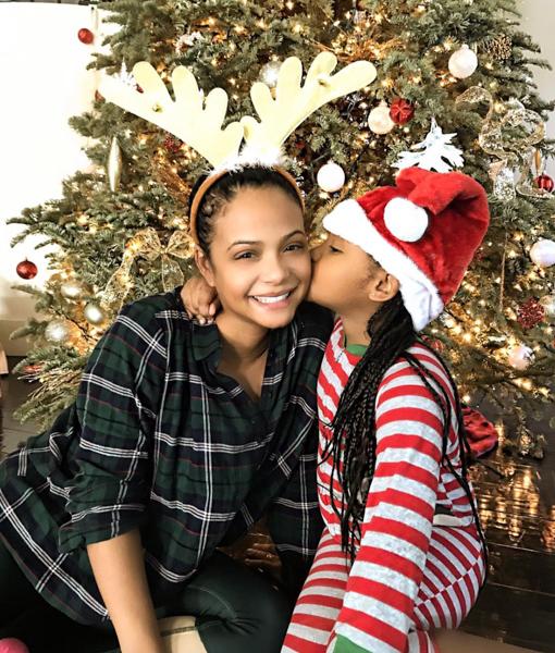 christina-milian-celebrity-christmas-2016-pics-9