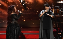 NEW YORK, NY - DECEMBER 02: Chaka Khan performs onstage with Patti LaBelle during the 2016 VH1's Divas Holiday: Unsilent Night at Kings Theatre on December 2, 2016 in New York City. (Photo by Michael Loccisano/Getty Images)